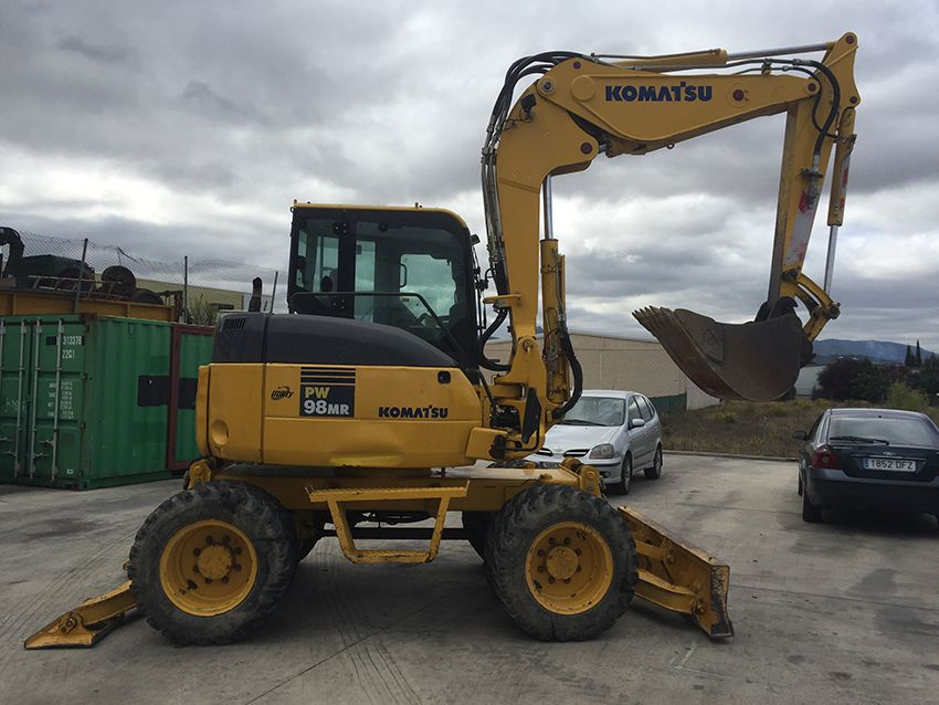 Used wheeled excavator